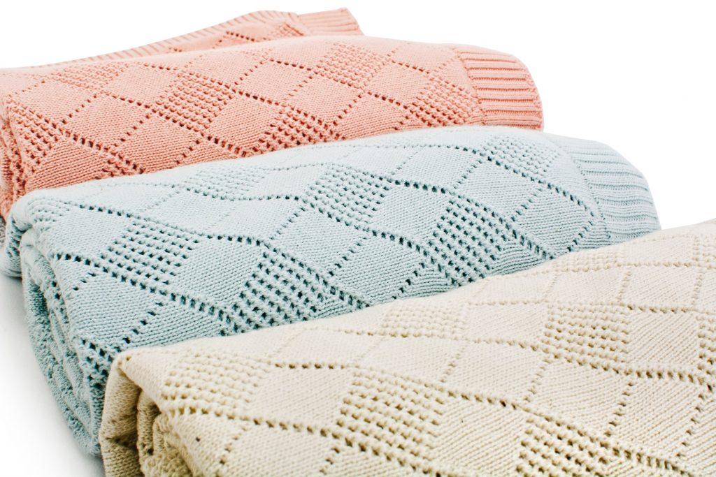 openwork_knit_blanket_1